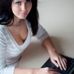 Como conhecer mulheres online